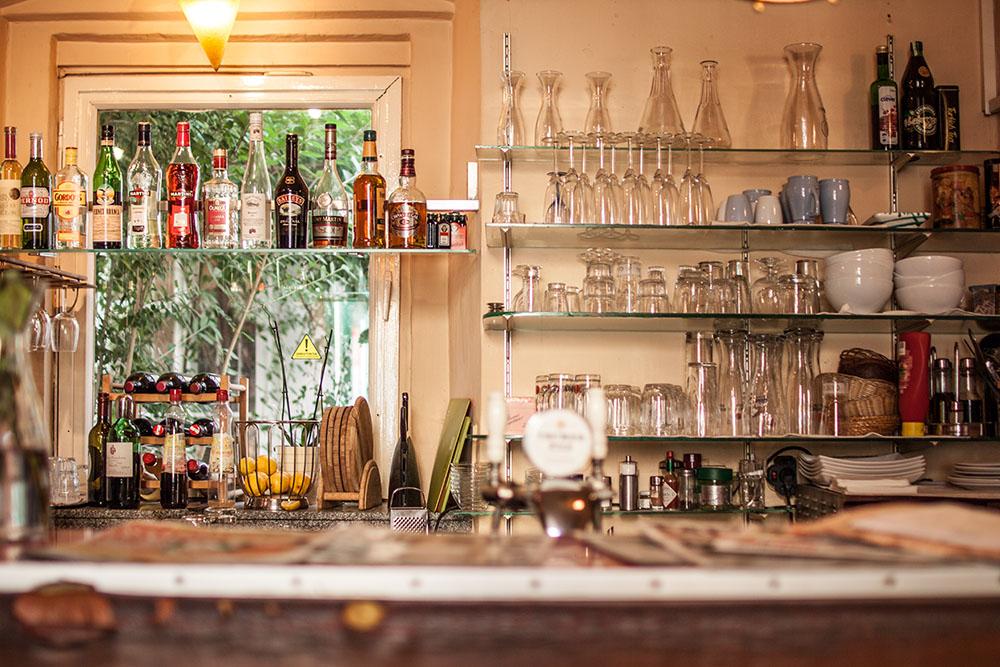 Cafe im Raimundhof (c) STADTBEKANNT