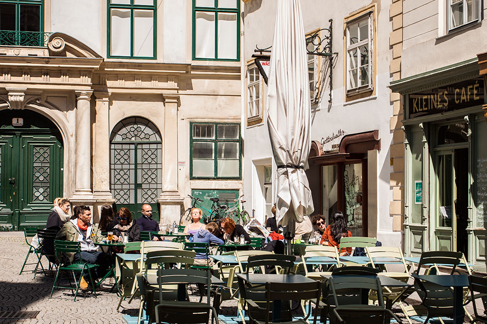 Kleines Cafe (c) STADTBEKANNT