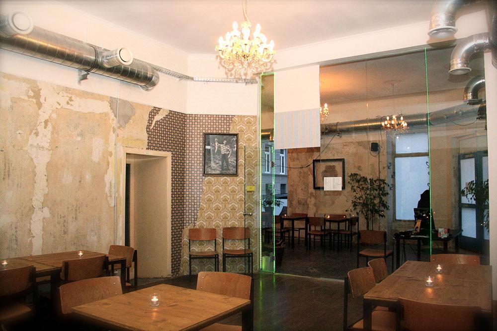 Tapete Bar (c) STADTBEKANNT Wetter-Nohl