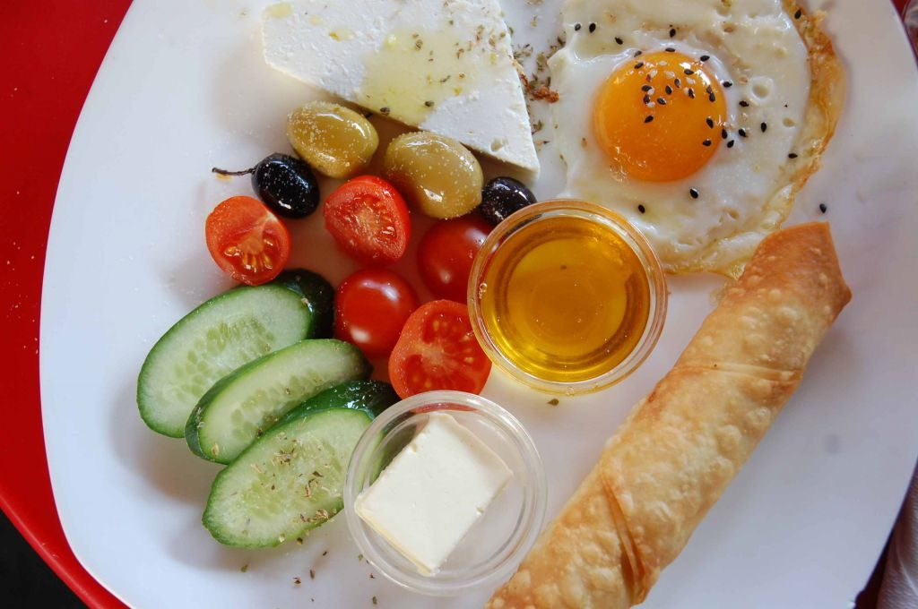 Naschmarkt deli Türkisches Frühstück (c) STADTBEKANNT