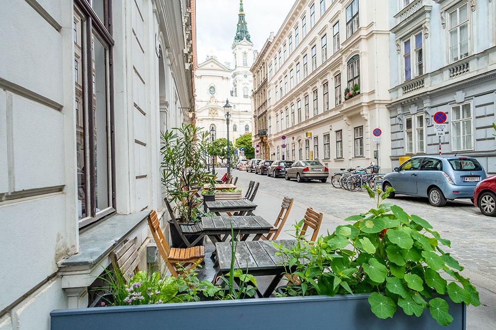 Cafe der Provinz Schanigarten (c) STADTBEKANNT