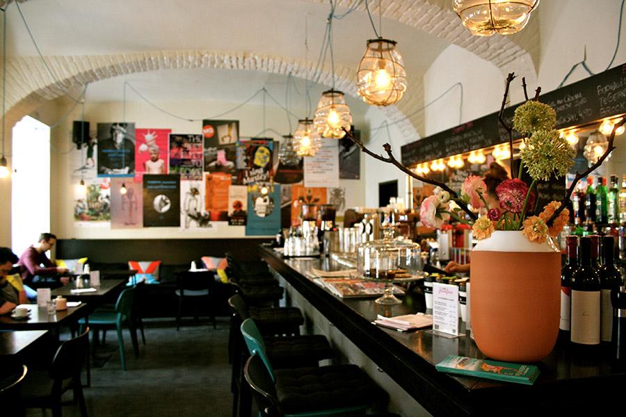 Café Josefine Bar (c) STADTBEKANNT Nohl
