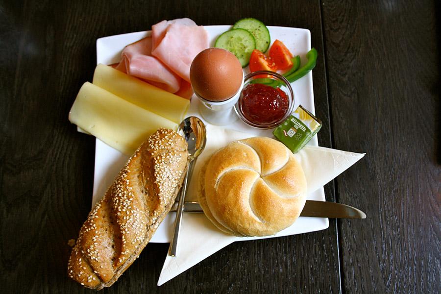 Café Josefine Frühstück (c) STADTBEKANNT Nohl