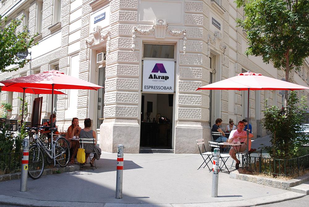Akrap Espressobar Schanigarten (c) STADTBEKANNT