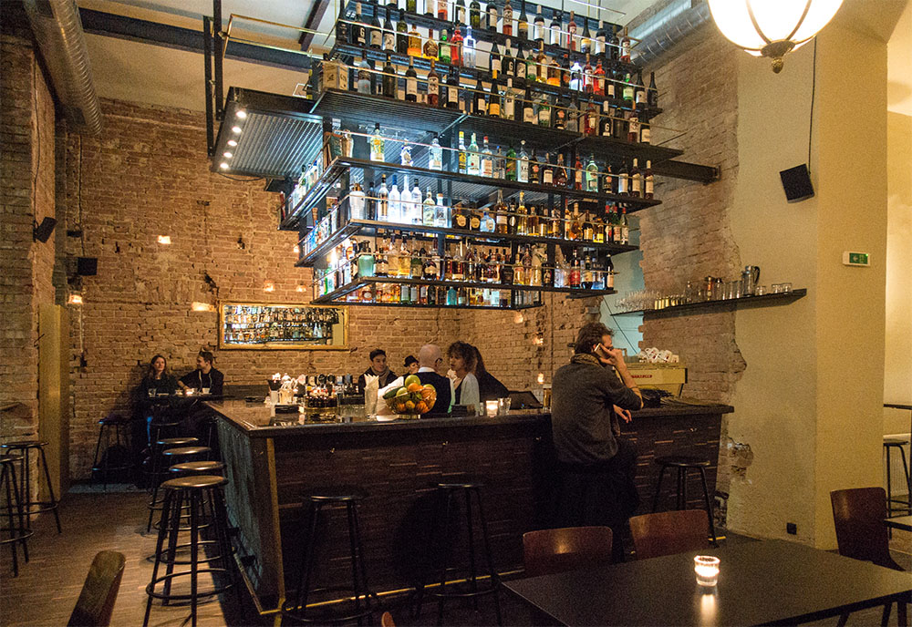 Luster Bar (c) STADTBEKANNT