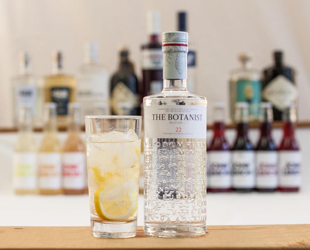 Gin Tonic The Botanist (c) STADTBEKANNT
