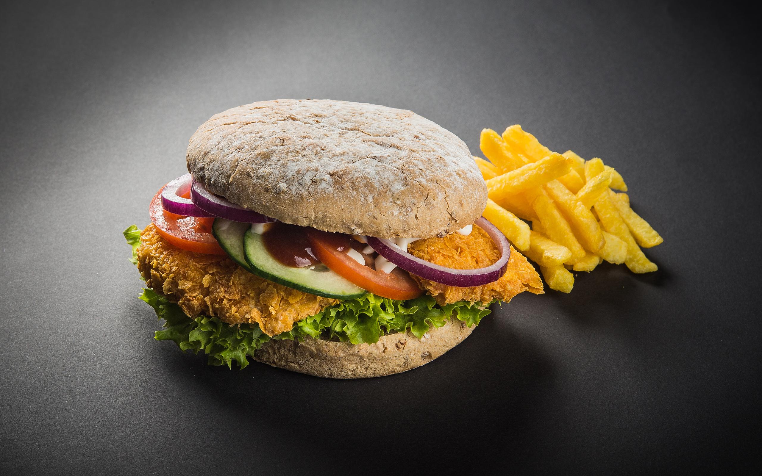Chicken Burger (c) ROLLERCOASTERRESTAURANT®