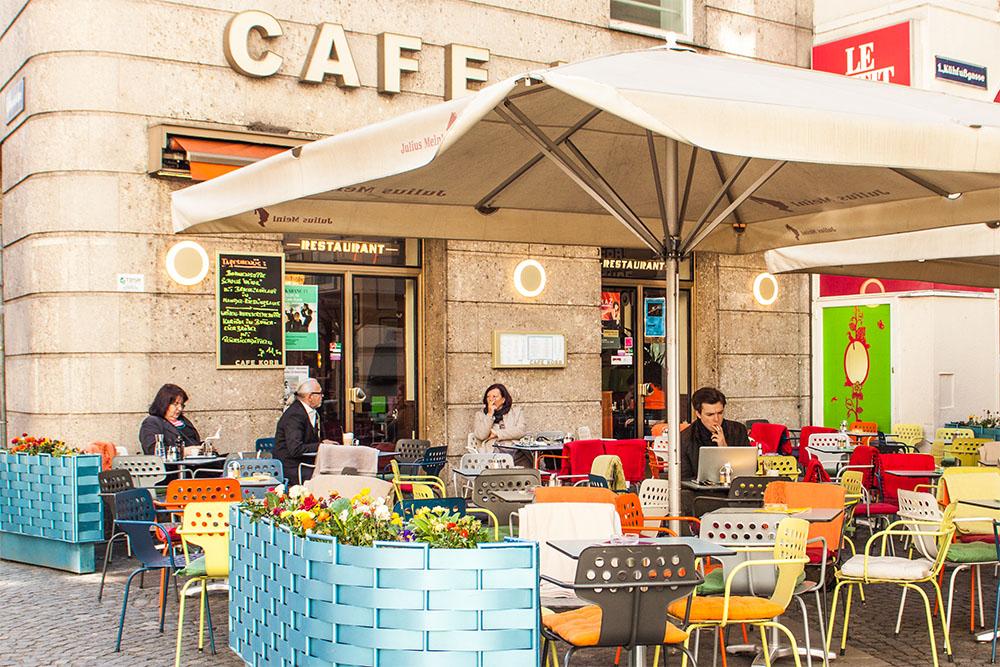 Schanigarten Cafe Korb (c) STADTBEKANNT