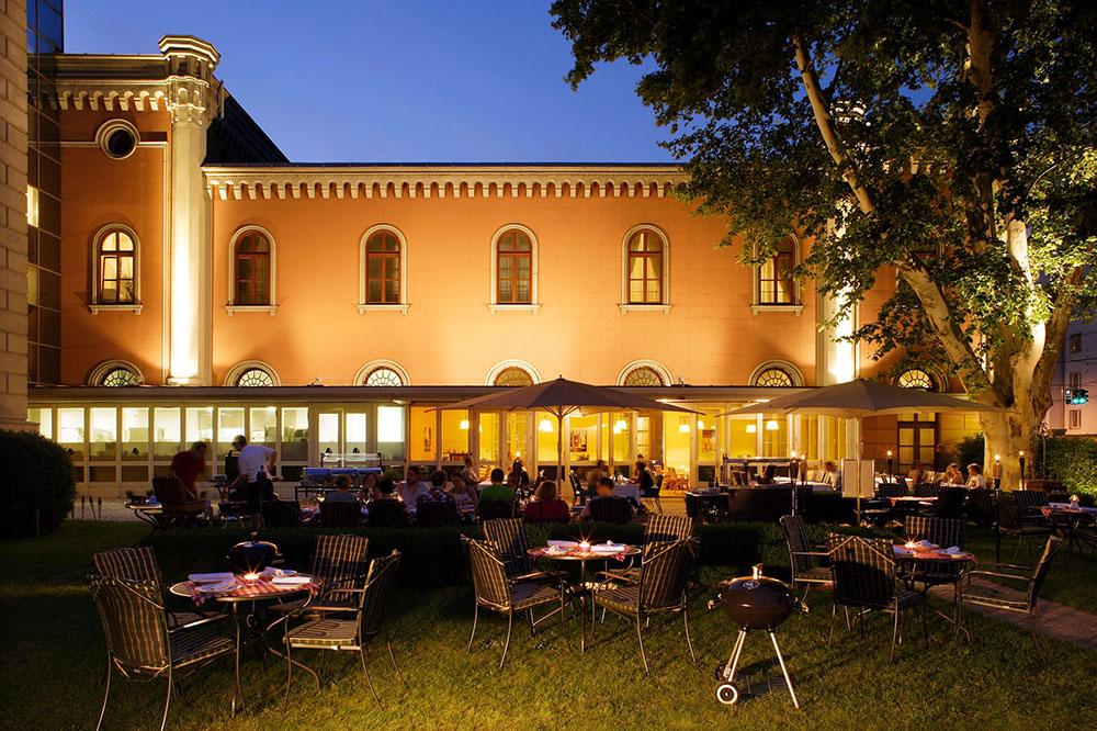 City Garden (c) Sazel für das Imperial Renaissance Hotel.